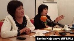 Правозащитницы Азиза Абдирасулова и Толейкан Исмаилова
