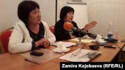 Укук коргоочулар Төлөйкан Исмаилова менен Азиза Абдырасулова.