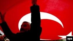 «Azərbaycan məsələsi ilə bağlı olaraq Türkiyəni yersiz və haqsız təzyiq altına almağın heç bir faydası yoxdur»