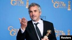 آلفونسو کوارون که فیلم وی، «جاذبه»، در ده رشته نامزد جایزه اسکار شده است.