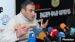 "Armenia -- Hayk Gevorgian, a journalist from ""Haykakan zhamanak"" daily at a press conference, where?, 07Feb 2012"