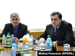 Dragan Čović i Milorad Dodik na sastanku lidera šest političkih stranaka, Sarajevo, 17. novembar 2011.
