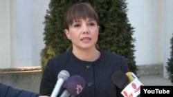 Мила Царовска, Претседателка на Комисијата за труд и социјална политика на СДСМ.
