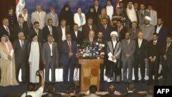 أعضاء الإئتلاف الوطني العراقي لحظة الإعلان عن تشكيله في 4 آب 2009.