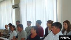 Присяжные заседатели на суде по делу об убийстве Дархана Олжагалиева. Атырау, сентябрь 2009 года.
