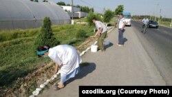 По словам источников «Озодлика» 16 мая бюджетников в Андижанской области вывели на принудительный хашар по случаю приезда в область президента Узбекистана Шавката Мирзияева.