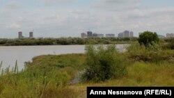 Вид с острова на Хабаровск