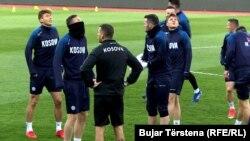 Pamje nga seanca stërvitore para ndeshjes miqësore me Danimarkën