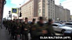 Российские солдаты-срочники, архивное фото