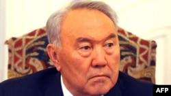 Қозоғистон президенти Нурсултон Назарбоевё