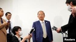 Тосиро Муто на пресс-конференции в Токио, Япония, 17 марта 2020 года