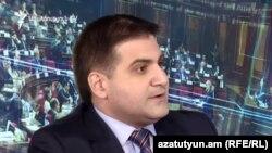 Независимый депутат Арман Бабаджанян