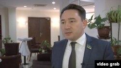 Мейрам Бегентаев, мәжіліс депутаты. Астана, 16 қараша 2015 жыл.
