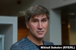 Василий Попов