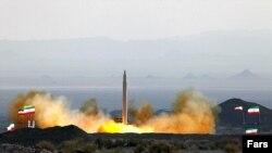 آزمایش یک موشک بالستیک در ایران (عکس از آرشیو)