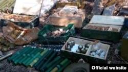 Схрон зброї, виявлений у зоні АТО (архівне фото)