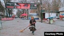 Бу сурат кўргазмадан ўрин олмади