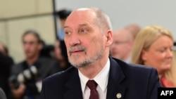 Министр обороны Польши Антоний Мацеревич.