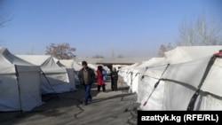 Палаточный городок для оставшихся без крова.