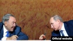Nursultan Nazarbayev və Vladimir Putin