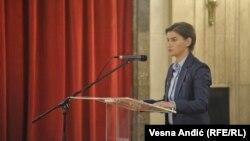Kryeministrja e Serbisë, Ana Bërnabiq