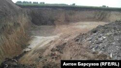 Нелегальный глиняный карьер под Новосибирском