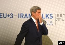 Джон Керри на переговорах в Вене. 14 июля 2014 года