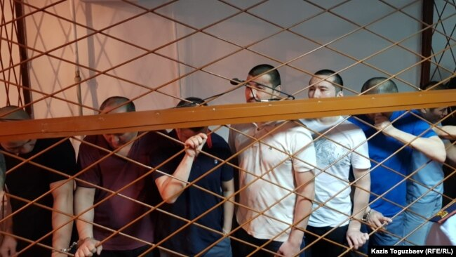 Обвиняемые в «пропаганде терроризма» и «возбуждении розни» на оглашении приговора. Алматы, 5 августа 2019 года.