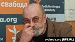 Валянцін Акудовіч