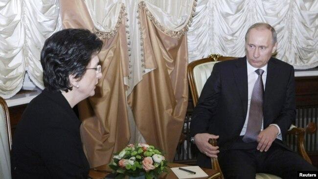 Встреча Нино Бурджанадзе с Владимиром Путиным в Москве, 21 декабря 2010 года