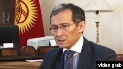 Жоомарт Оторбаев.