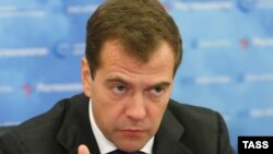 Russian President Dmitry Medvedev is expected to discuss trade and energy cooperation, as well as the nuclear programs of Iran and North Korea, during his three-day visit to China.