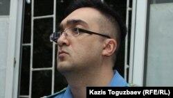Прокурор Тимур Шамои, представитель обвинения на процессе по делу о «мошенничестве» в отношении Искандера Еримбетова и группы лиц. Алматы, 14 июня 2018 года.