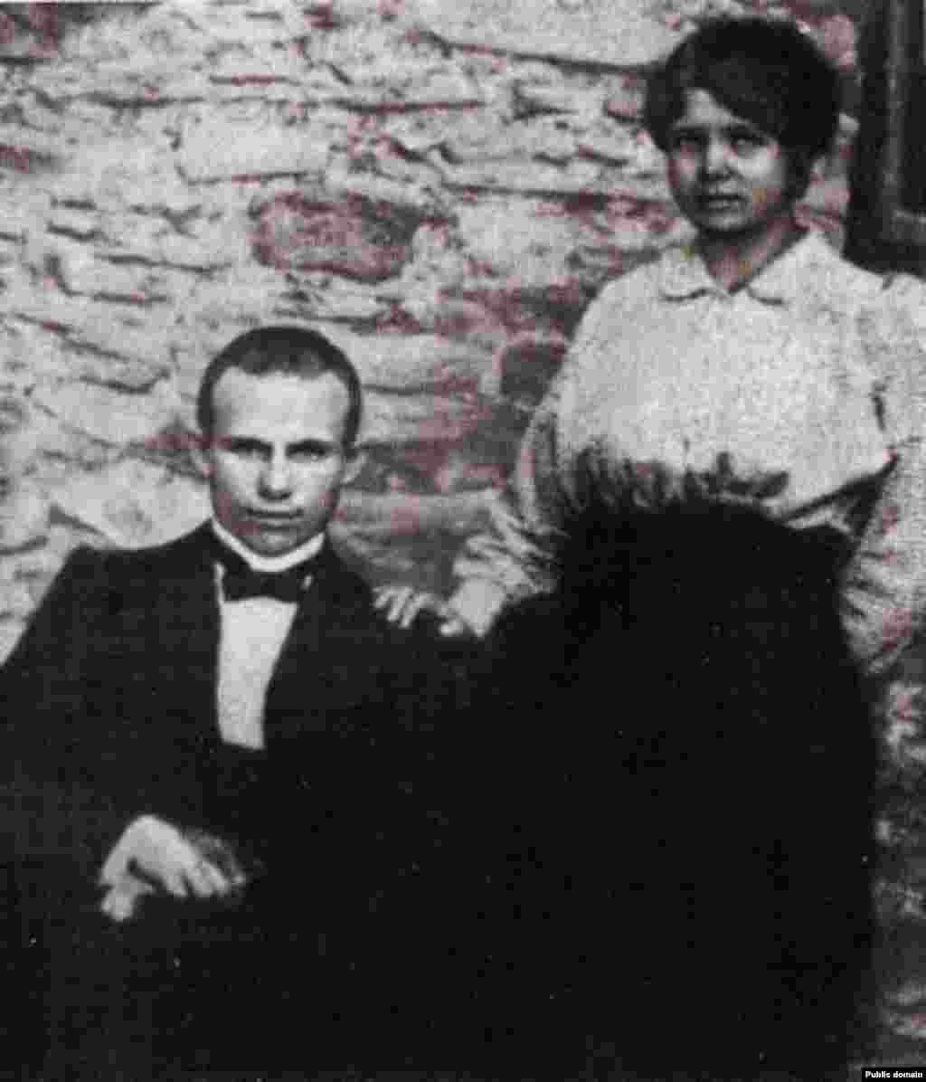 Nikita Khrushchev and his first wife, Euphrasinia, dressed in their Sunday best in 1916. Euphrasinia would die of typhus a few years later as Nikita was rising through Communist Party ranks toward eventually heading the Soviet Union.