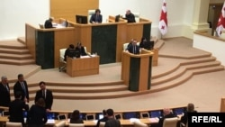 Сегодня парламент с ходу рассмотрел основные положения законопроекта «Об общих судах»