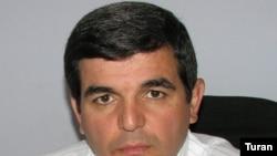 Deputat Fazil Qəzənfəroğlunun özü isə hazırda Böyük Britaniyada səfərdədir
