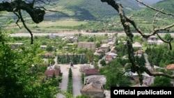 После войны рынок недвижимости в Ленингорском районе замер почти на четыре года