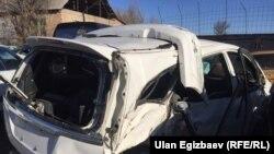 Каза тапкан Айсанат Борбашеванын автоунаасы кырсыктан кийин. 2017-жыл.