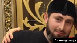 Главный специалист Центра исламской медицины Адам Эльжуркаев