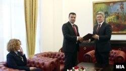 Presidenti i Maqedonisë, Gjorge Ivanov dhe lideri i LSDM-së, Zoran Zaev