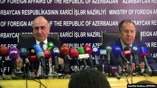 Azerbaijan – Azerbaijani Foreign Minister Elmar Mammadyarov (L) and Russian Foreign Minister Sergei Lavrov at a press conference in Baku, 18Jun2014