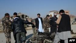 Policia afgane në vendin e shpërthimit të sotëm të makinës - bombë në periferi të Kabulit