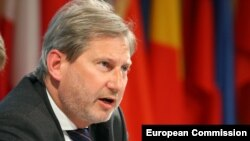 Latvia -- EU Enlargement Commissioner Johannes Hahn attends a summit in Riga, May 20, 2015