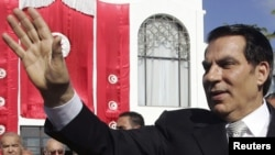 Tunisia -- President Zine al-Abidine Ben Ali waves to supporters after he took the oath at the national assembly in Tunis, 12Nov2009