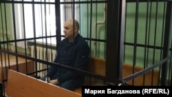 Экс-директор новокузнецкого муниципального банка Александр Павлов в зале суда