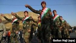 Iračke kurrdske snage Pešmerge marširaju u znak podrške referendumu 25. septembra