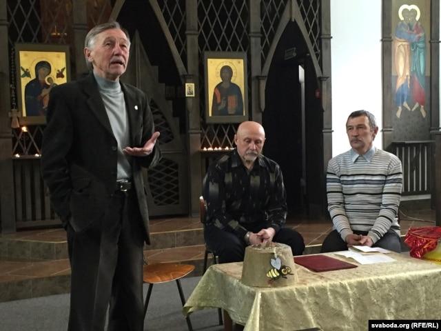 Мікола Пракаповіч, Павал Ляхновіч і Мікола Папека (зьлева направа)