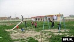 افغانستان ټایمز:د افغان ماشومانو د وضیعت په اړه ټینګار کړې چې باید ورته لا ډیرکار وشي