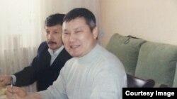 """Санат Досов, """"Путинді сынағаны"""" үшін соталған Ақтөбе тұрғыны. Сурет жеке мұрағаттан алынды."""