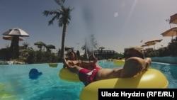 Аквапарк «Дрымлэнд» у сьпякотны дзень лета